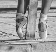 MIERCOLES Danza y Musicales